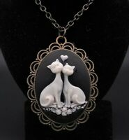 """24"""" Vintage Style Filigree Love Cats Cameo Pendant Necklace"""