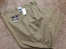 Men's Dockers Signature Khaki D4 Relaxed Fit Pleated Pants 30X32 $58  NEW