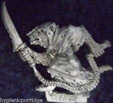 1987 Skaven C22 Handler 2 Chaos Ratmen Citadel Army Beastmaster Packmaster Clan