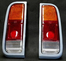 TOYOTA HILUX RN20 TAIL LIGHTS LAMPS PAIR 021