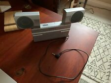 Sony Srs-T70 Portable Travel Speakers - Aux attachment 1.4V - 4AA batteries