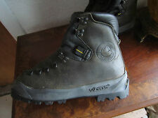 Vintage Never Used LA SPORTIVA Leather Mountaineering Hiking Boots Italy 42.5