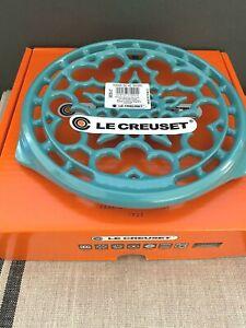 LE CREUSET TURQUOISE ROUND TRIVET CAST IRON NEW/ORIGINAL BOX