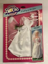 Barbie Wedding Of The Year # 5743 Bridal Gown Veil Bouquet Garter Shoes MIB
