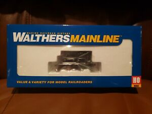 Undecorated Railroad Plymouth ML-8 switcher black stripes Walthers 910-20012 HO