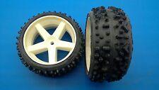 SLD Mondial-Reifen verklebt auf weißen Felgen für FG Marder