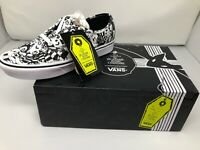 NEW VANS X Authentic Comfycush Nightmare Before Christmas Men Size 10.5 Women 12
