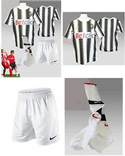 Auténtico Nuevo Nike Juventus Fútbol Juego Nwt Grande Niños Edad 12-13 YEARS
