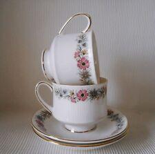 Zwei Paragon Belinda Tee Tassen & Untertassen - Guter Zustand