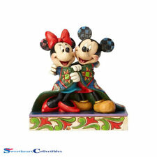 Jim Shore Disney Traditions 4057953 Mickey and Minnie Wrapped in Quilt