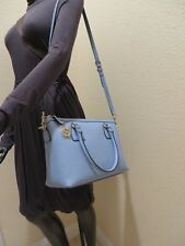 NEW GUCCI PEBBLE LEATHER MEDIUM ZIP TOP TOTE BAG PURSE GG Charm MINERAL BLUE