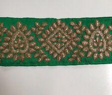 Verde INDIO atractiva seda cruda con adorno bordado de oro antiguo/Encaje uno Mtr