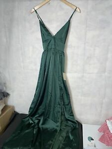 Showpo I Want The World To Know Dress. New Tagged Size 12