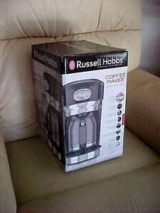 .Russell Hobbs Retro Style Coffeemaker 8 Cup Black & Stainless