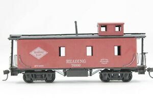 """HO Roundhouse Reading (RDG) Regular Wood Caboose, """"Old-Timer"""", Great Condition"""