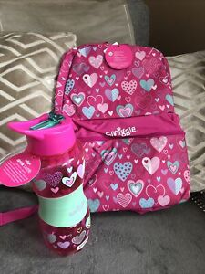 NEW GIGGLE BY SMIGGLE PINK BACKPACK with HEARTS And Water Bottel