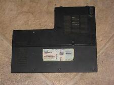 Dell XPS M1530 Memory RAM Cover Door DP/N XR850 (E36-24)