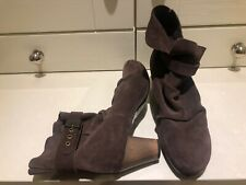SCHOLL LADIES SIZE 7 UK/ EU 40 SUEDE LEATHER BROWN HEELED ANKLE BOOTS