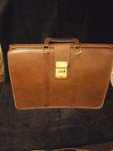 Vintage Coach Briefcase - Doctor/Lawyer Bag No 5420 - 301