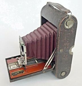 No 4 Kodak folding pocket camera Model B red bellows full, perspective control.