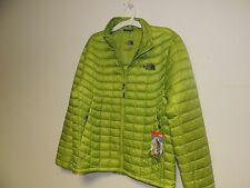 North Face mens THERMOBALL Jacket in Macaw green medium NWT