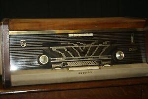 Vintage Philips Bi-Ampli Radio- Not tested - 240v?
