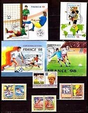 TOUS PAYS 4 blocs 8 timbres:Sport, FRANCE 98 et St vincent EP207/61