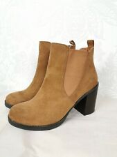 "NEW Dorothy Perkins UK Size 4 Tan Faux Suede Ankle Boots 3.25"" Heel Casual"