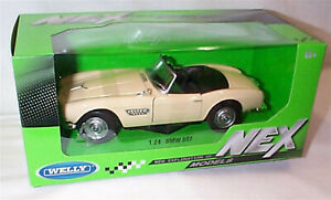 Welly Diecast 1:24 BMW 507 Cream open top Opening parts New in Box