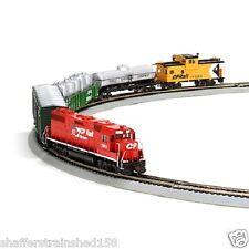 Athearn # 29313  GP38-2 Iron Horse Train Set, CPRail/Flags  HO MIB