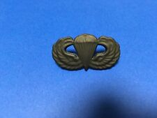 US ARMY PARATROOPER AIRBORNE SUBDUED JUMP WINGS PIN