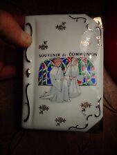 Joli Coffret  à Médaille de Communiant Souvenir de Communion Porcelaine F.D