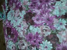 (3,99€/m) Viskose Stoff Blumen, lila 1,30 x 3,00 m