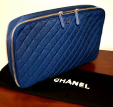 CHANEL LIMITED EDITION QUILTED SILVER TONE CC LOGO ZIPPER CLOSURE LAPTOP BAG