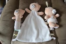 FOREVER FRIEND'S CREAM TEDDY COMFORTER BLANKET TAGGIE/RATTLE/SQUEAKY TOYS