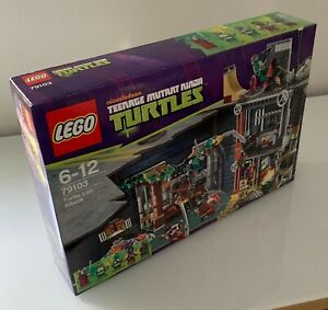 LEGO 79103  TMNT TURTLE LAIR ATTACK Ninja Minifigs - Brand new sealed in box