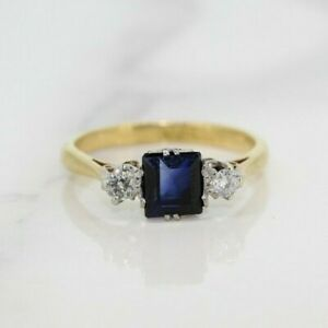 Vintage 18ct Yellow Gold 0.75ct Sapphire and Diamond Three Stone Ring (Size N)