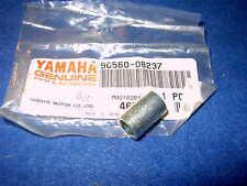 YAMAHA FZ750 XJ600 GEN NOS FENDER MUDGUARD SPACER 90560-08237