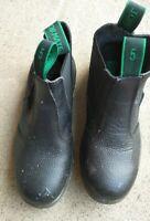 Steel Cap Safety boots Bata Size 5 Aus Good Condition
