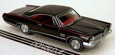 Johnny Lightning 1965 Pontiac Catalina 2+2 '65 421 V8 Black 1/64 Scale