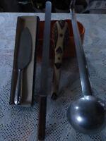 5piéces cuisine vintage  lot a saisir  inox ,divers ,couteau,pelle ,louche ....