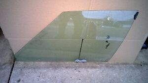 1980-1992 Fleetwood Deville Caprice 88 Brougham Driver Left Front Window Glass