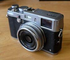 Fujifilm X100S silver - just 4300 shutter count