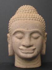 Très Grande Tete Khmer en Grès du Cambodge