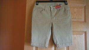 Faded Glory Size 4 Bermuda Shorts, Stretch, Urban Khaki, NWT