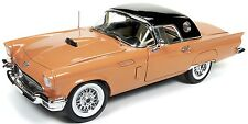 1957 Ford Thunderbird Coral 1:18 Autoworld 1098