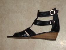 """Chaussures pointure 38 """"Les Petites Parisiennes"""""""