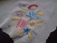Beautiful Vintage Embroidered  Tablecloth with 3 napkins