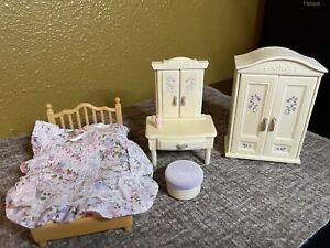 Calico critters/sylvanian families Girls Lavender Bedroom Furniture