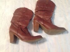 Steve  Maddens  Women's Cowboy Boots Size 8 1/2 Slouch